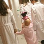Alrededor de 50.000 niños con cáncer fallecen al año por falta de tratamiento