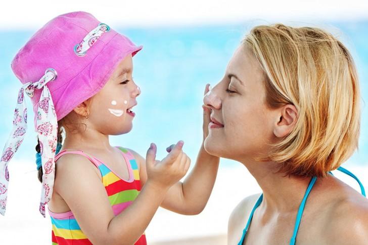 Factor 50: ¿Cuál es la diferencia entre la crema solar para niños y adultos?